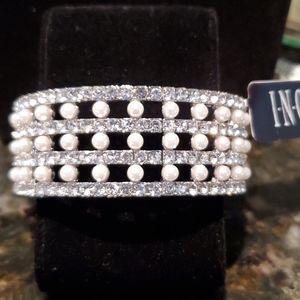 💝 Pearl and Rhine stone stretch bracelet